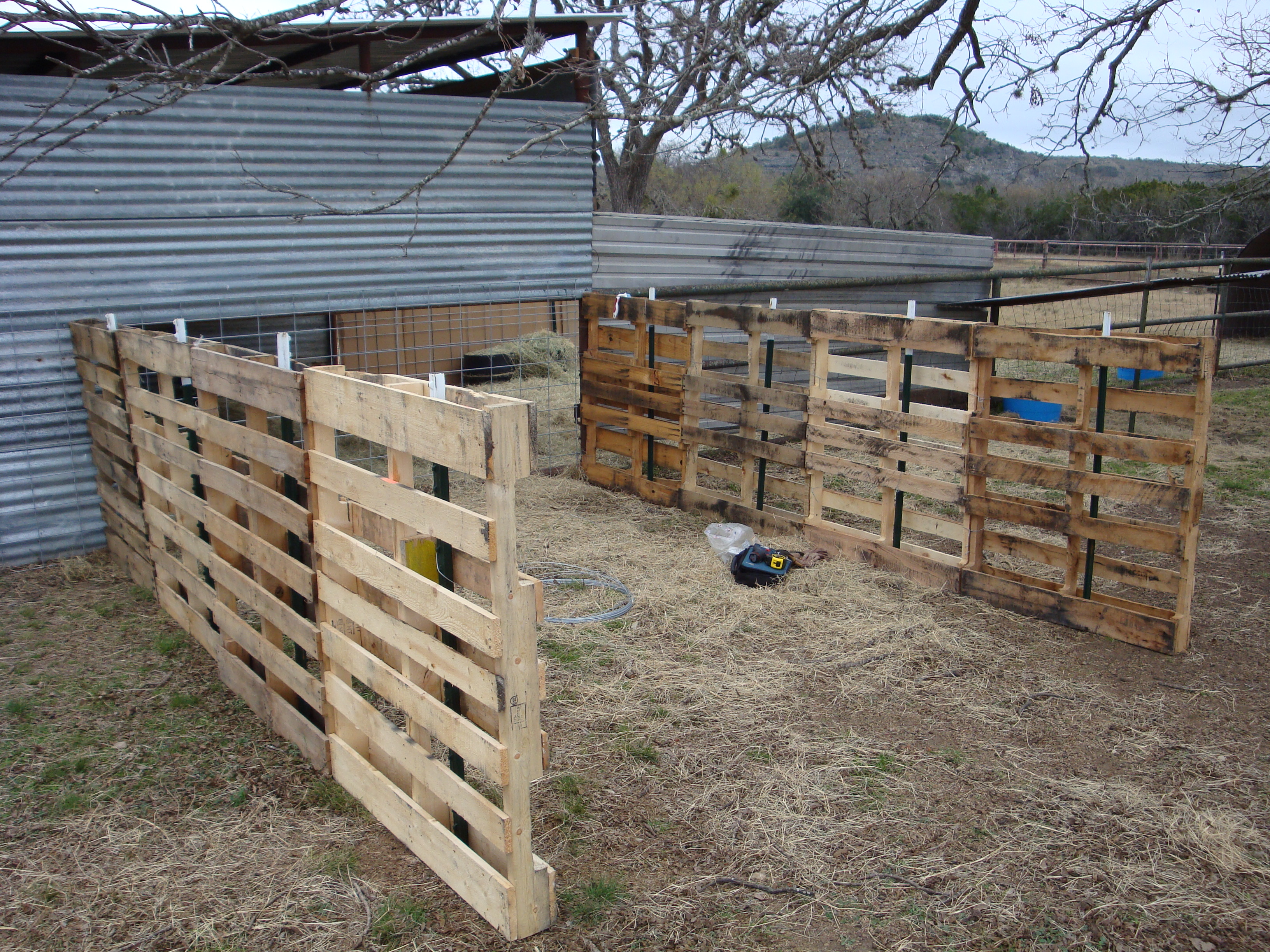 Diy Calf Shelter : Sheep shelter pixshark images galleries with a